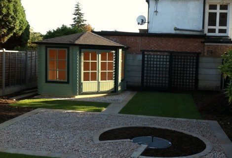 New back garden with Summer House